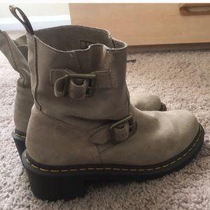 Dr. Martens women's tan buckle boot size 9